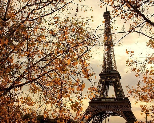 cloud-clouds-cloudy-eiffel-eiffel-tower-fall-Favim.com-88908
