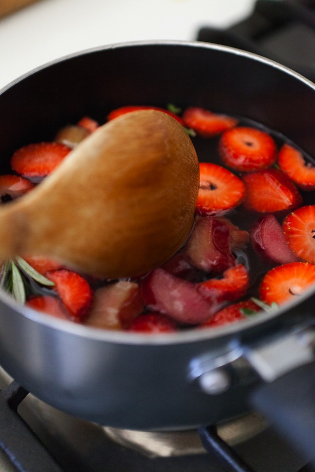 Strawberry-Rhubarb Simple Syrup :: The Effortless Chic 4