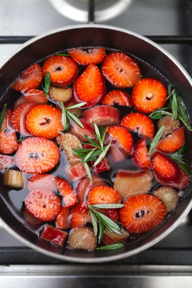 Strawberry-Rhubarb Simple Syrup :: The Effortless Chic 5