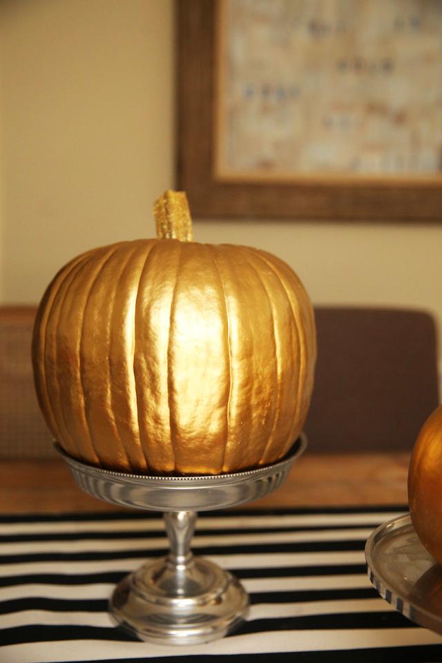 DIY-Gold-Pumpkins-3