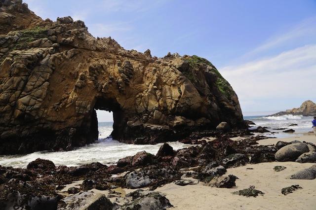 pfeiffer_beach_rock_800