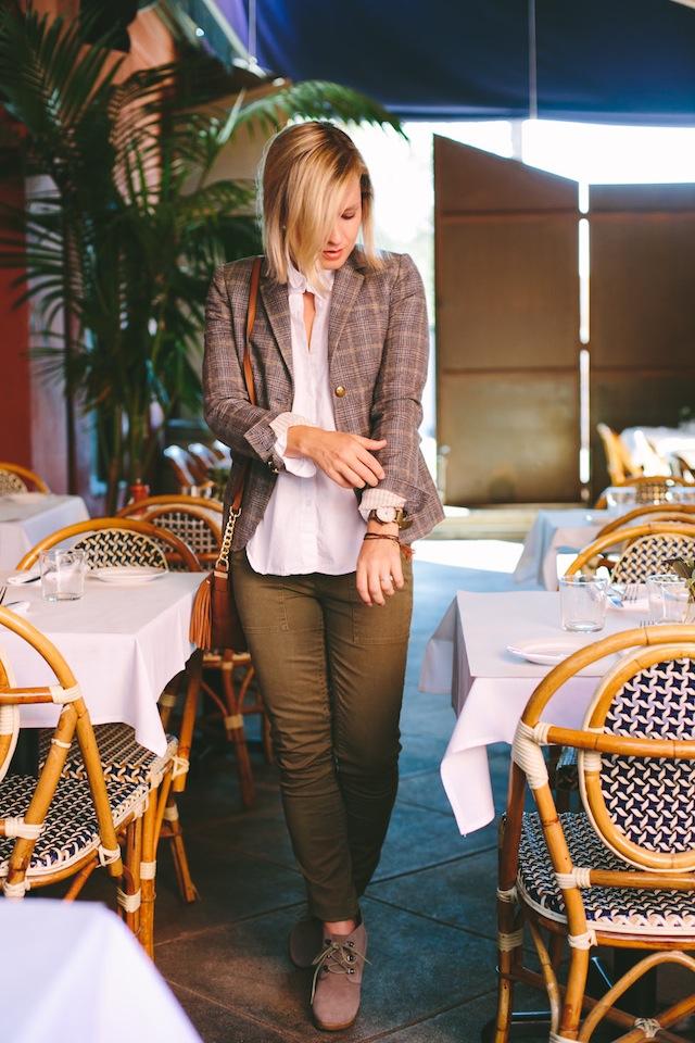 Jen-Pinkston-Cafe-Stella-5