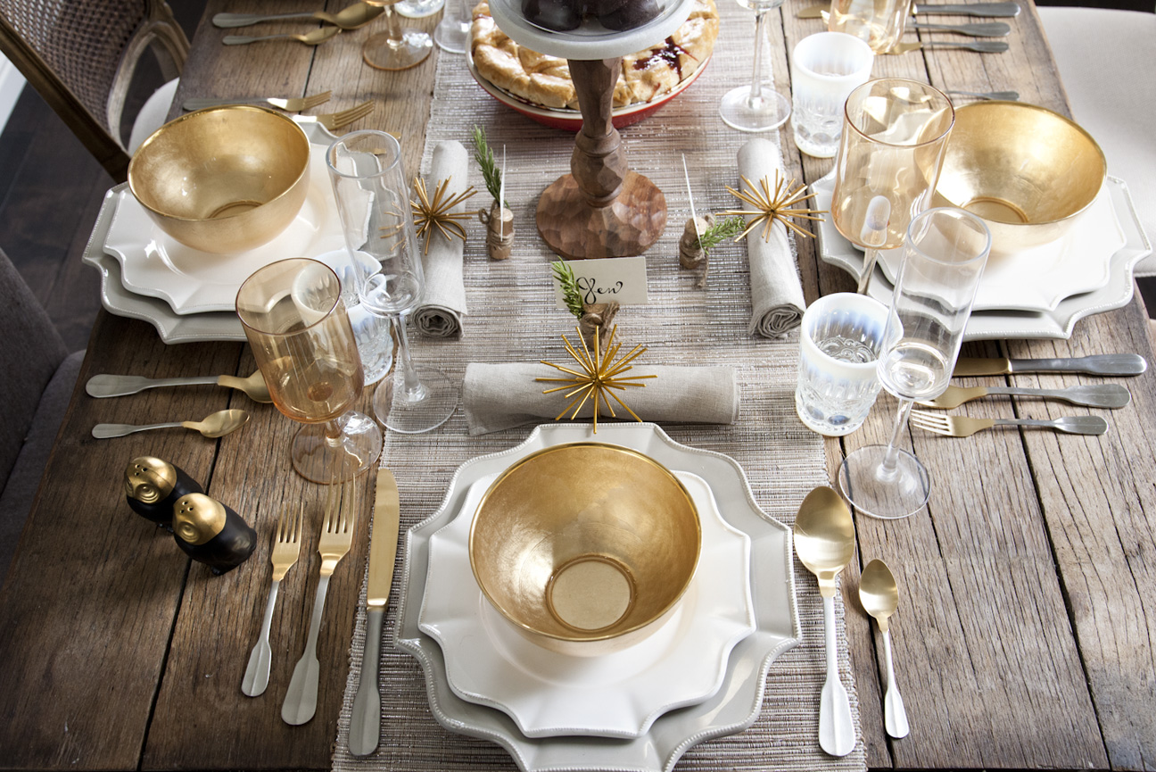 A thanksgiving tip - a rustic fall table setting