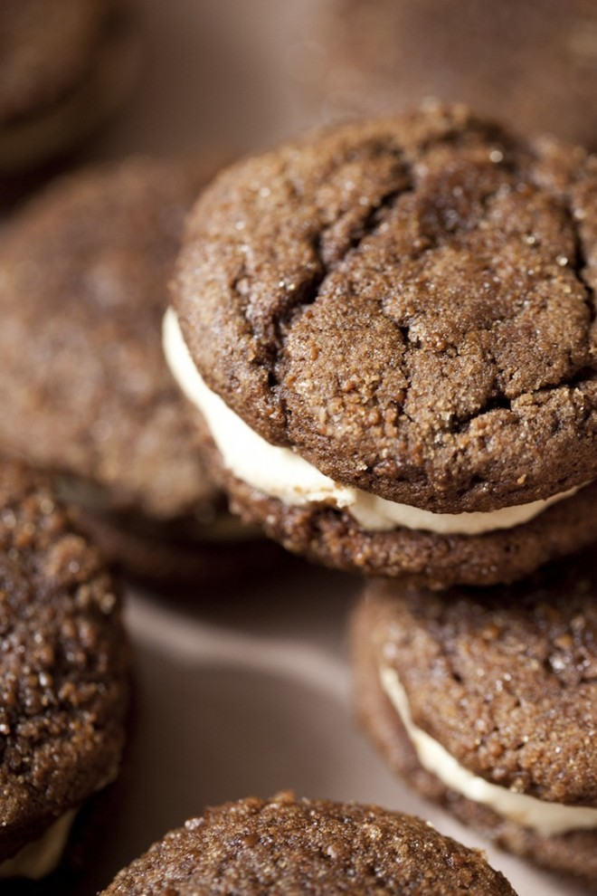Ginger_Molasses_Cookies_With Salted Caramel_Cream_Cheese_Filling