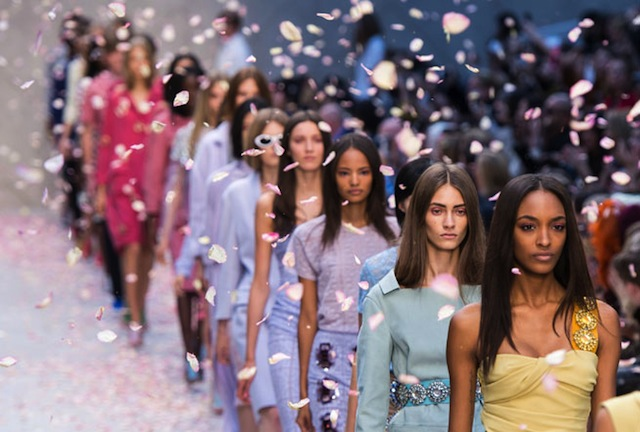 The-Top-5-Trends-Hitting-The-Spring-Summer-2014-Catwalks-At-London-Fashion-Week-1_zps6d4531c5