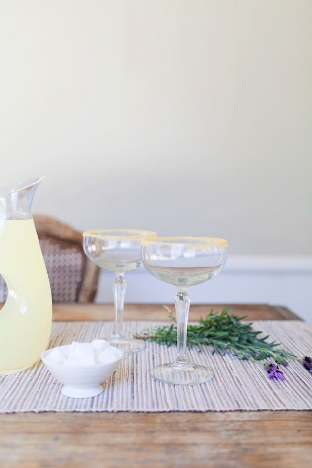Vodka Lavender Lemonade :: The Effortless Chic 2