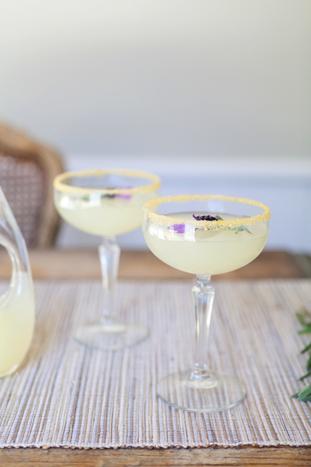 Vodka Lavender Lemonade :: The Effortless Chic 5