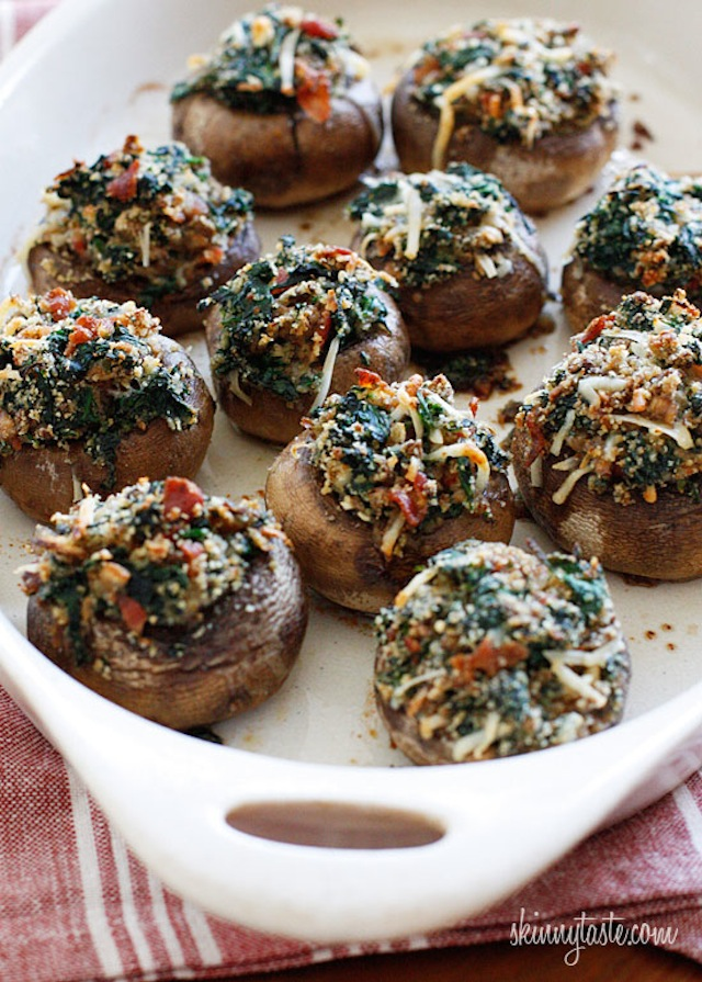 skinny-spinach-and-bacon-stuffed-mushrooms