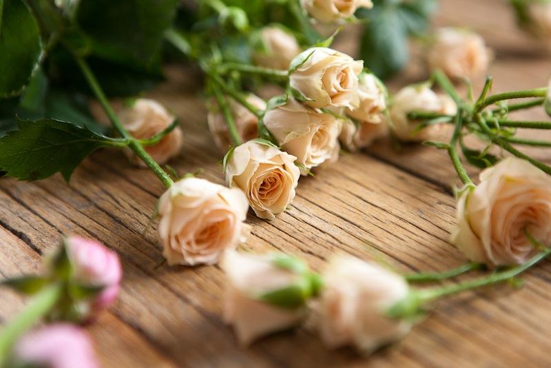 DIY Floral Crown :: The Effortless Chic 3
