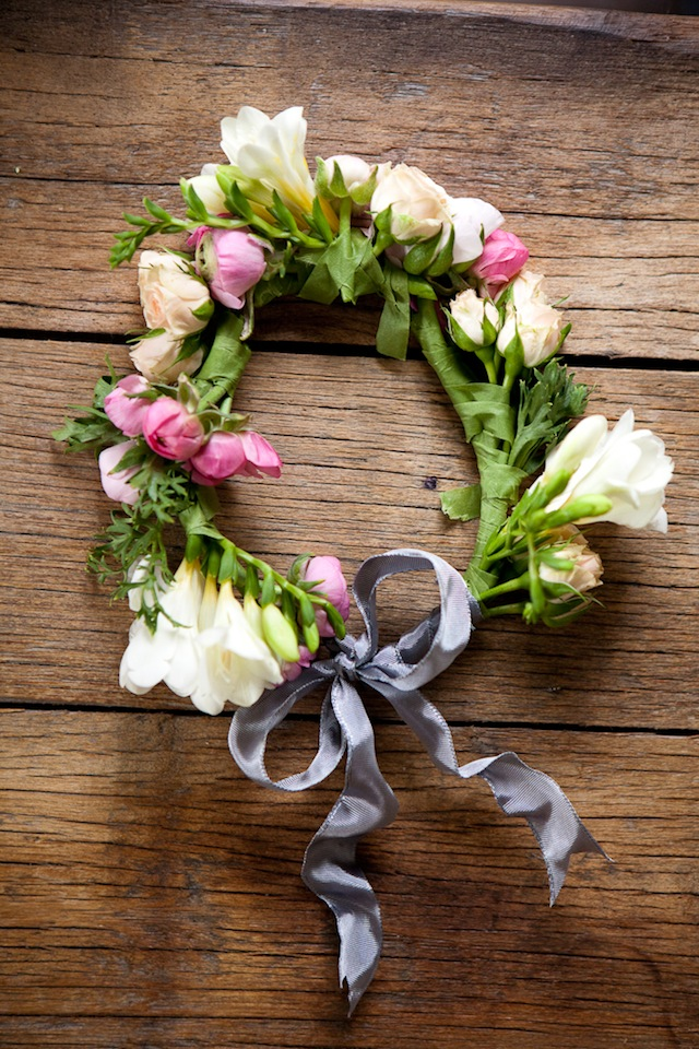 DIY Floral Crown :: The Effortless Chic 9