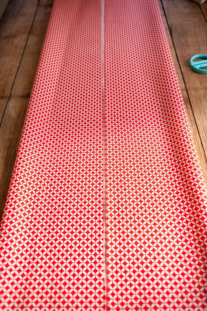 No-Sew-DIY-Fabric-Table-Runner-4