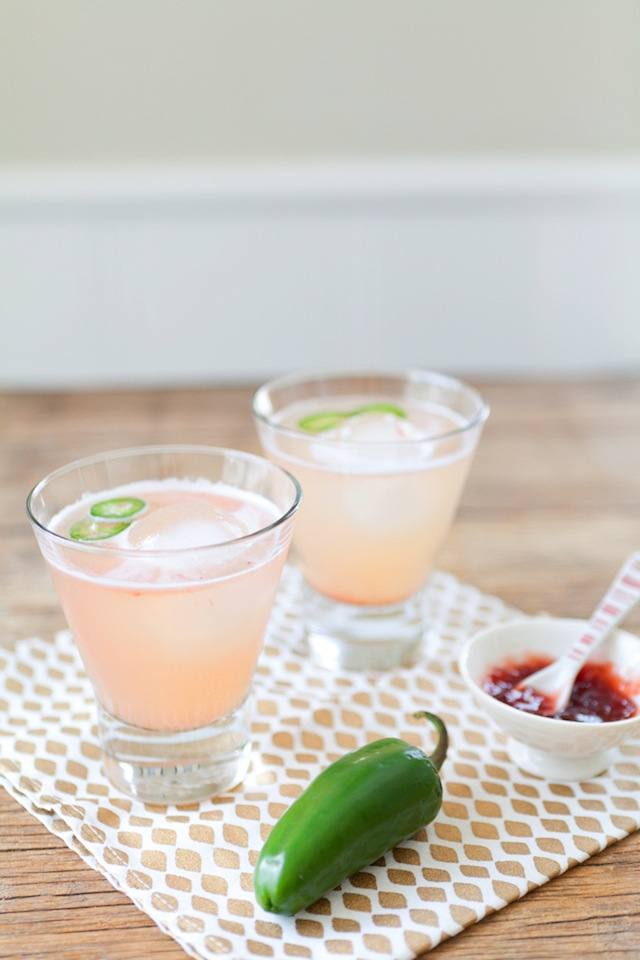 Spicy Strawberry Margaritas :: The Effortless Chic 1