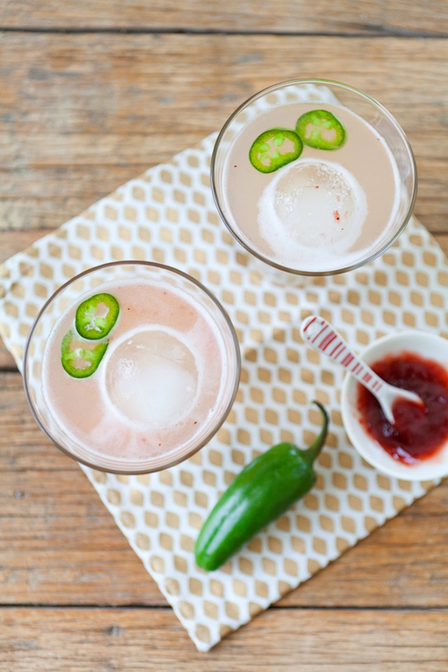 Spicy Strawberry Margaritas :: The Effortless Chic 6