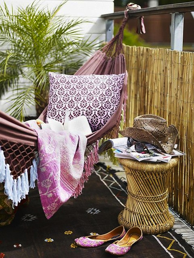 10-Outdoor-Spaces-For-Tight-Places-10