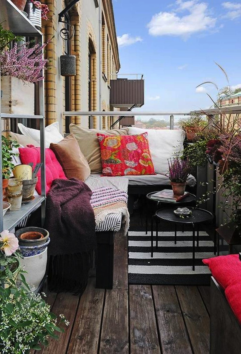 10-Outdoor-Spaces-For-Tight-Places