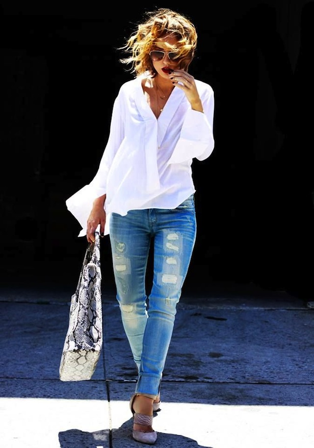 10-Ways-To-Wear-A-White-Shirt-6