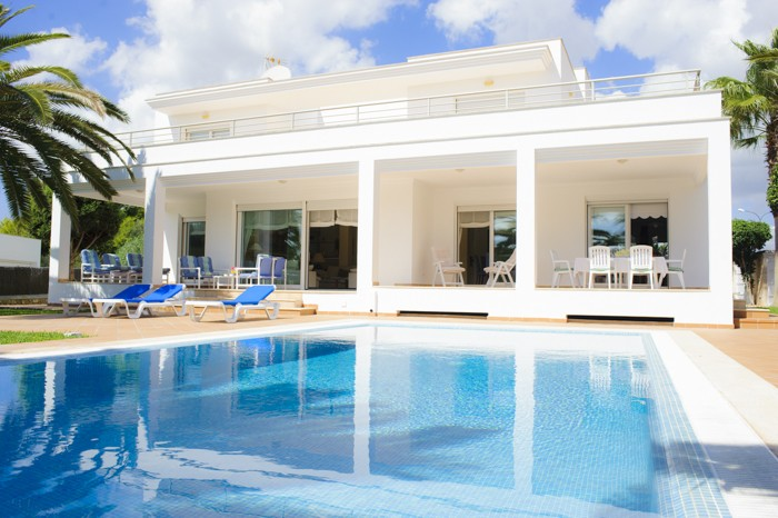 Renting-A-Vacation-Home-In-Mallorca-Spain