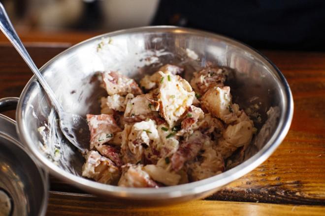 Secret-Recipe-Lobster-Rolls-At-The-Albright-4