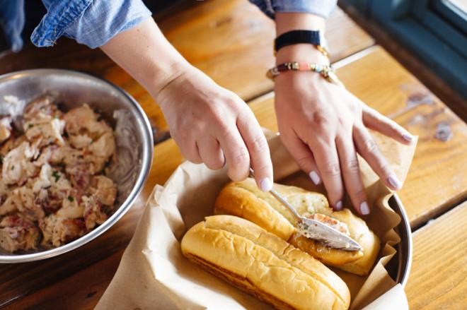 Secret-Recipe-Lobster-Rolls-At-The-Albright-5