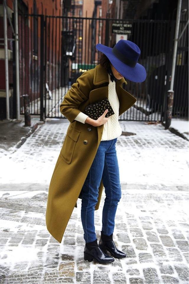 10-Ways-To-Wear-A-Hat-3