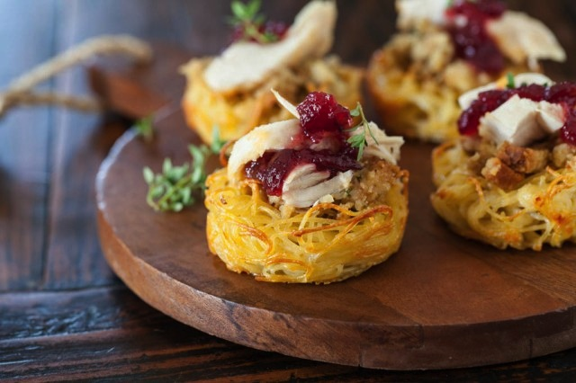 Pasta nests with leftover turkey and cranberry