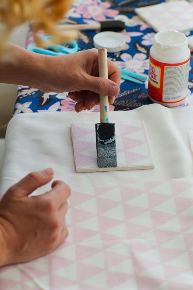Beginner_Fabric_Tile_Coaster_DIY_TEC_5