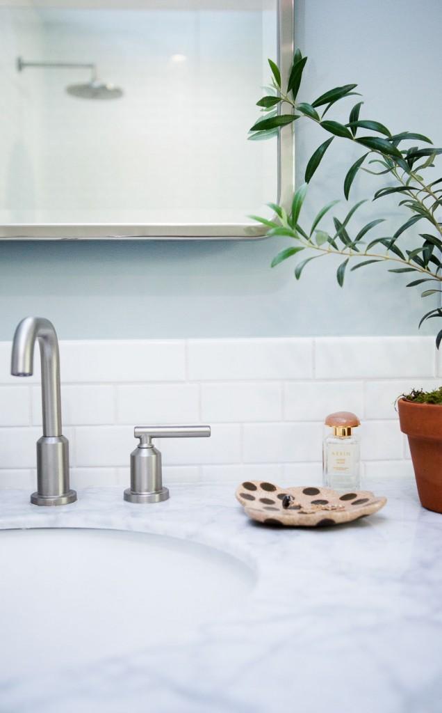 bathroom-remodel-modern-0815-2