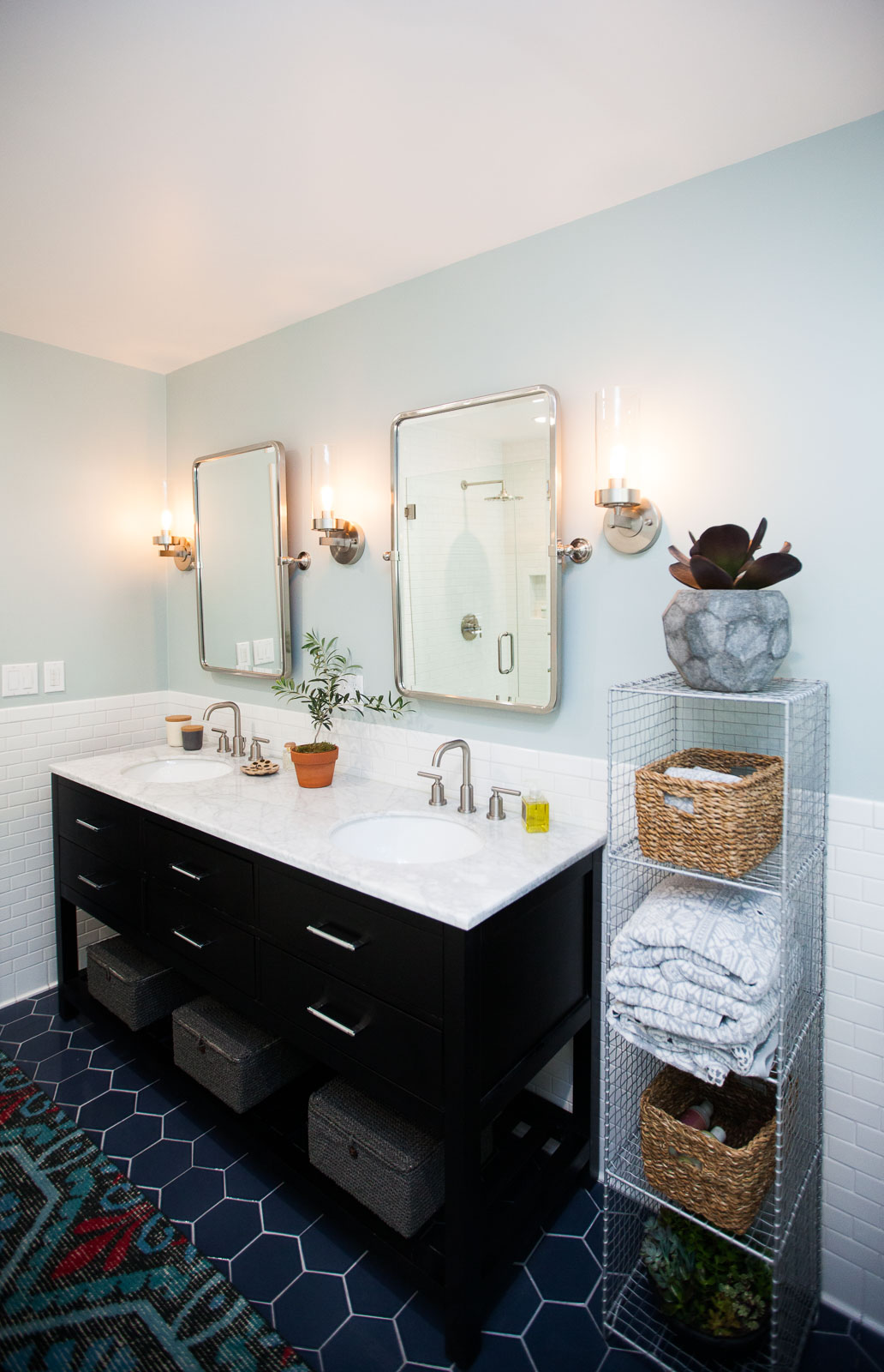 Master Bathroom Renovation Before After Gt The Effortless Chic