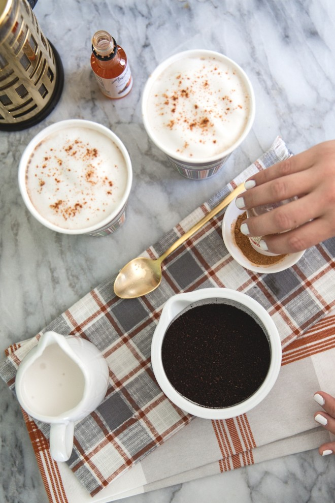 Pumpkin Spice Latte from The Effortless Chic  ||  Friday Favorites at www.andersonandgrant.com