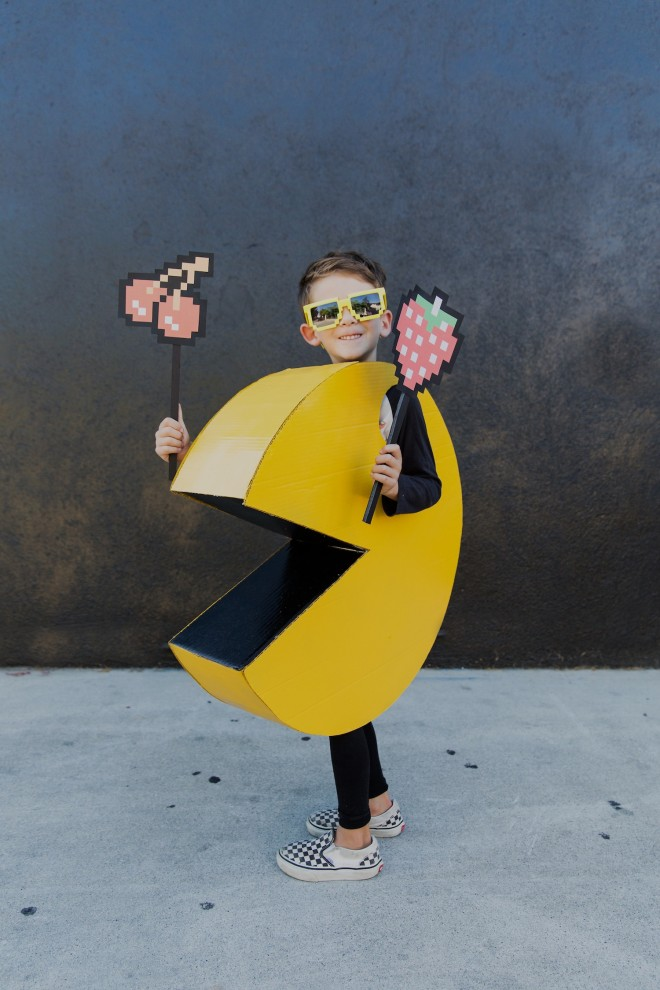diy-halloween-kids-pac-man-costume-1