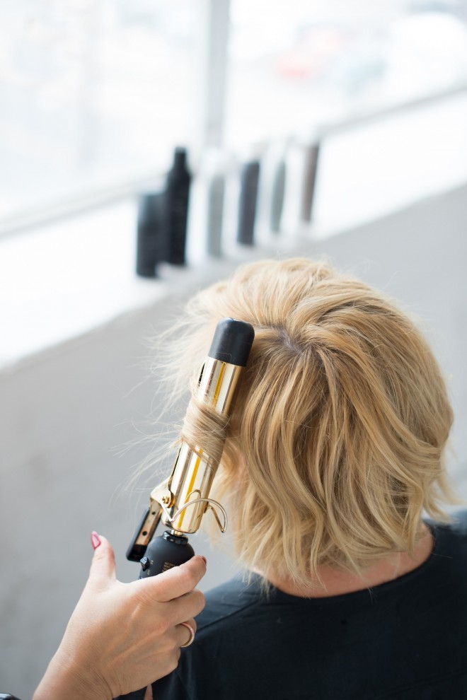 Short-Hair-Cool-Girl-Wave-Tutorial-5