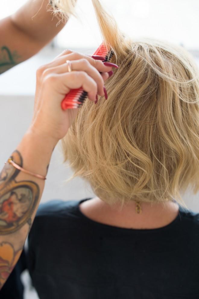 Short-Hair-Cool-Girl-Wave-Tutorial-8