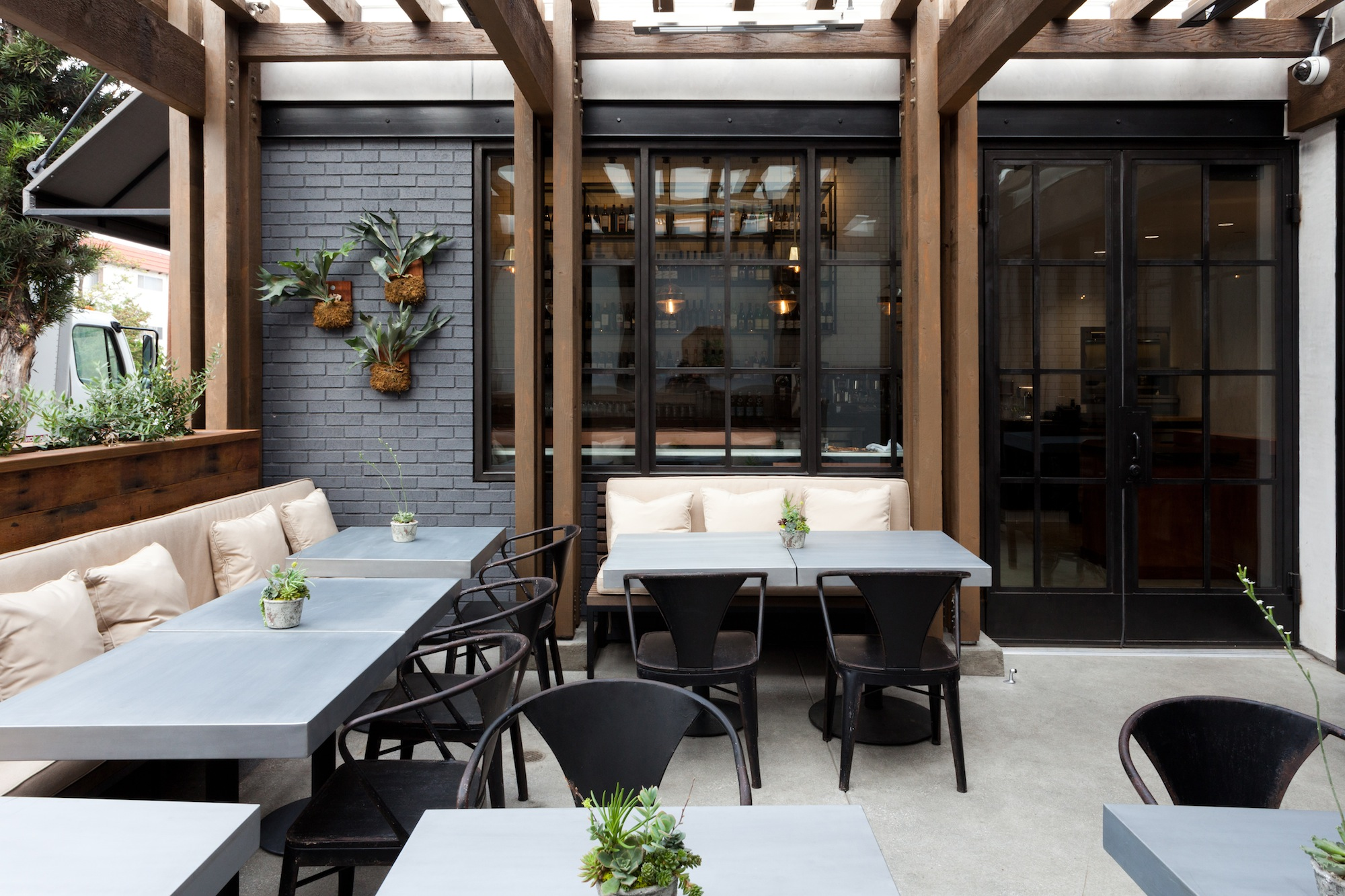 Where-To-eat-Local-Kitchen-12
