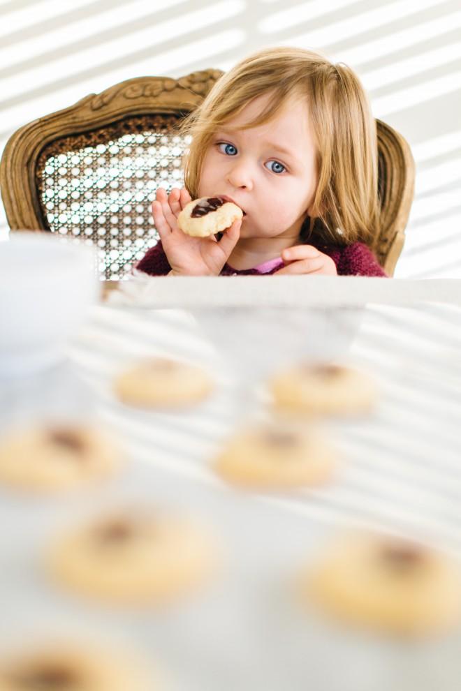 Almond-Raspberry_Cookies-2