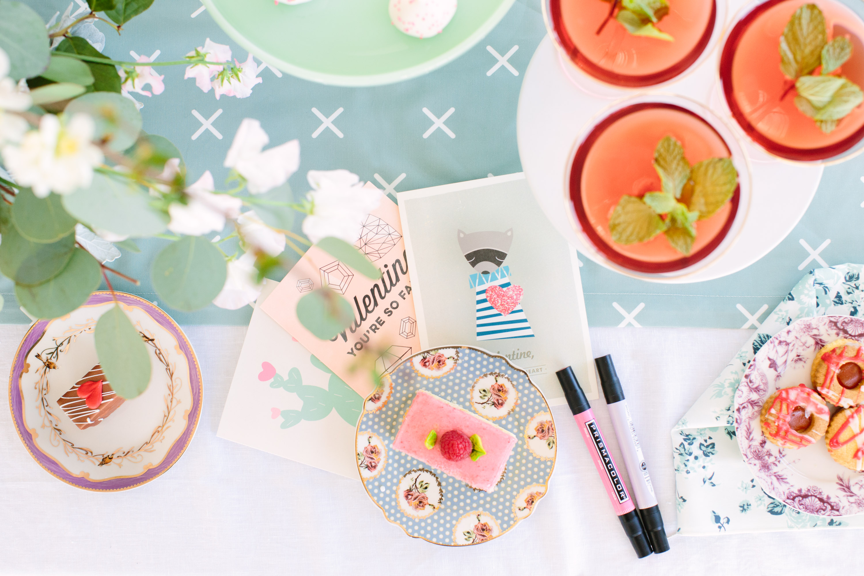 galentines-day-cards-and-cocktails-4