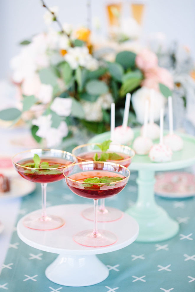 galentines-day-cards-and-cocktails-5