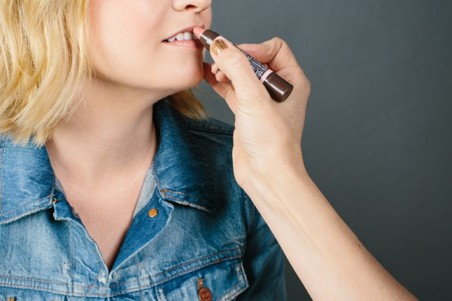 go-green-natural-makeup-products-you-will-love-8