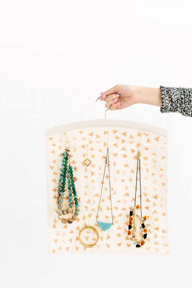 jewelry-organization-tips-6