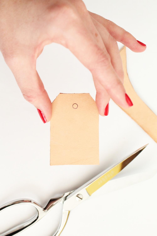 diy-hand-stamped-keychain-4