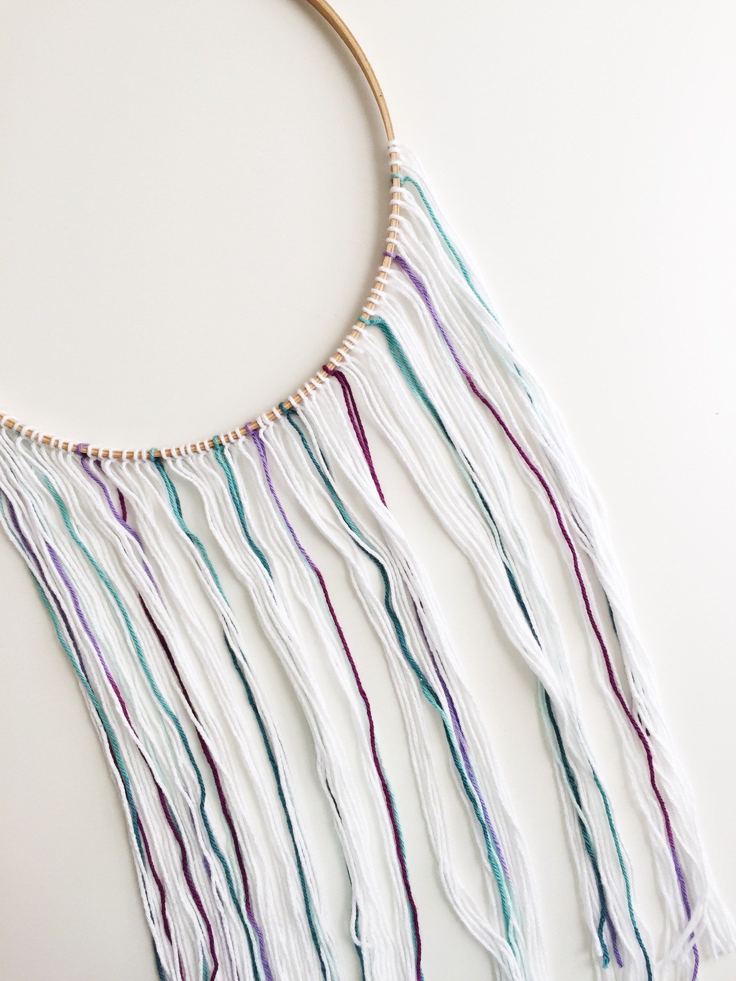 diy-minimalist-dream-catcher