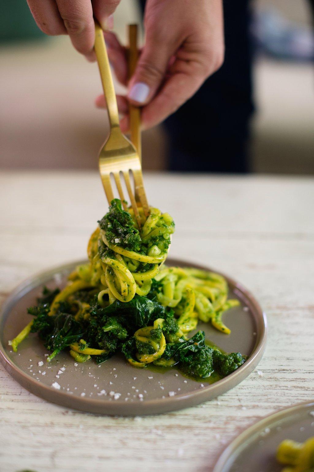 Zucchini-Pasta-wth-Pistachio-Pesto-4