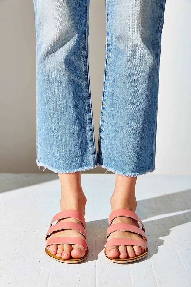 Le-Fashion-Blog-Shoe-Crush-Pink-Sandals-Under-25-Frayed-Jeans-Summer-Style-Silence-Noise-Lucia-Strap-Sandal