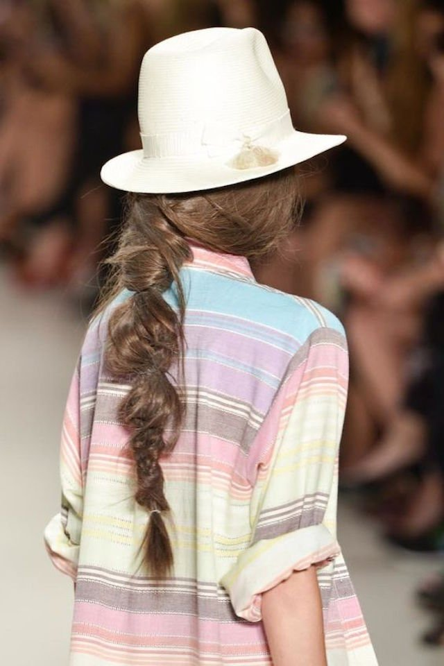 the-perfectly-imperfect-hair-braid-trend-2