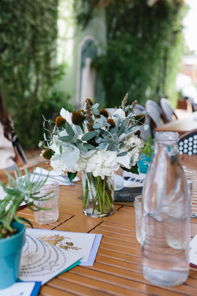 a-stylish-brunch-staying-connected-to-friends-5
