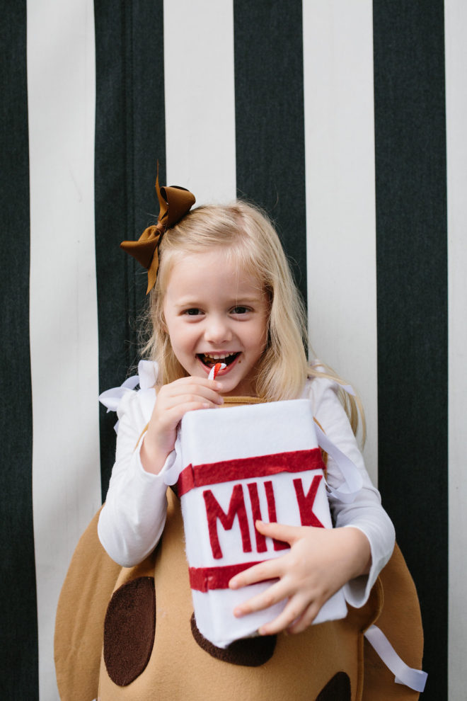 Diy Halloween Chocolate Chip Cookie Costume The Effortless Chic