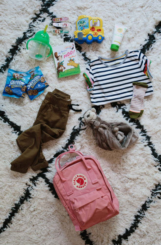 mom-and-mini-backpack-essentials-3