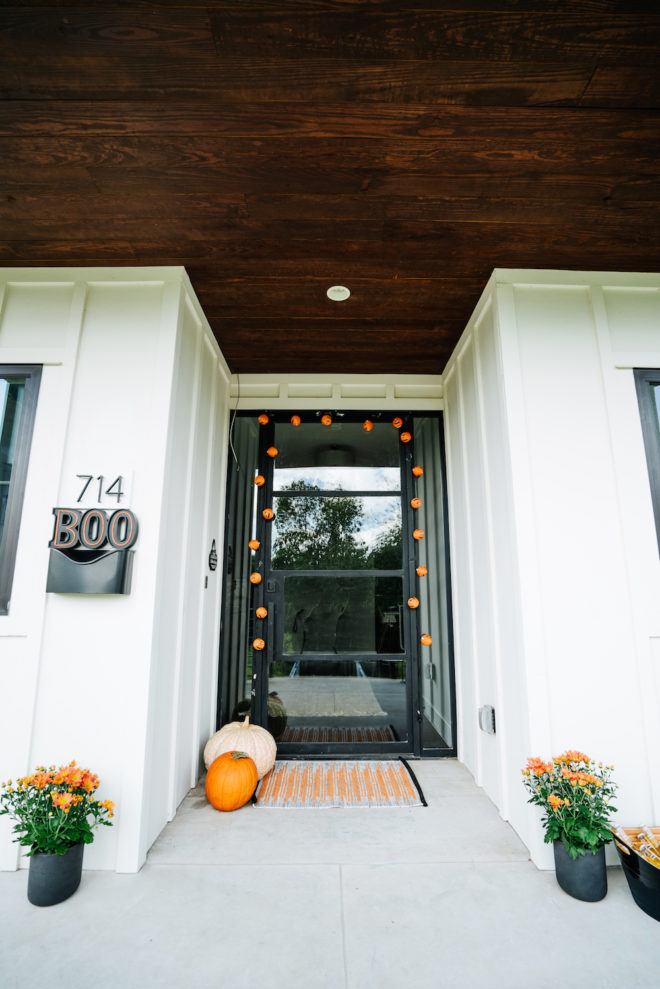 front-porch-halloween-makeover-1