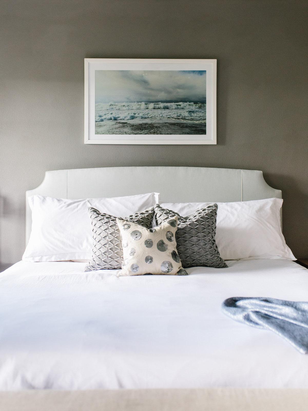 Sneak A Peek || Sara\'s Serene Bedroom Space - The Effortless Chic