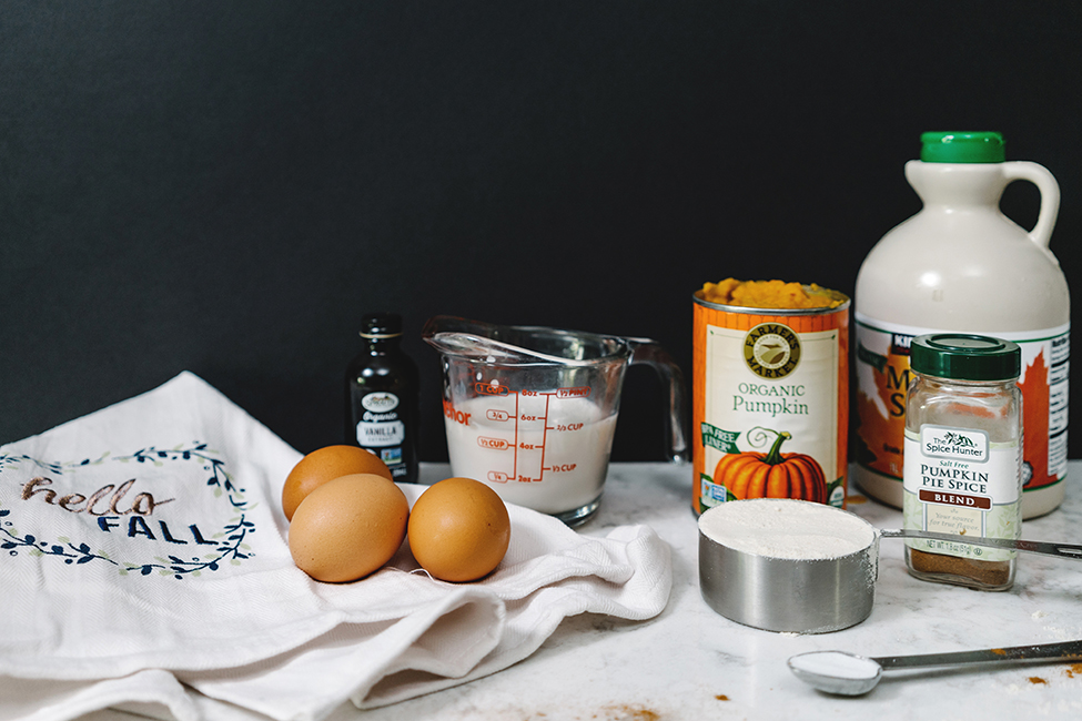 Ingredients to make gluten free pumpkin pancakes