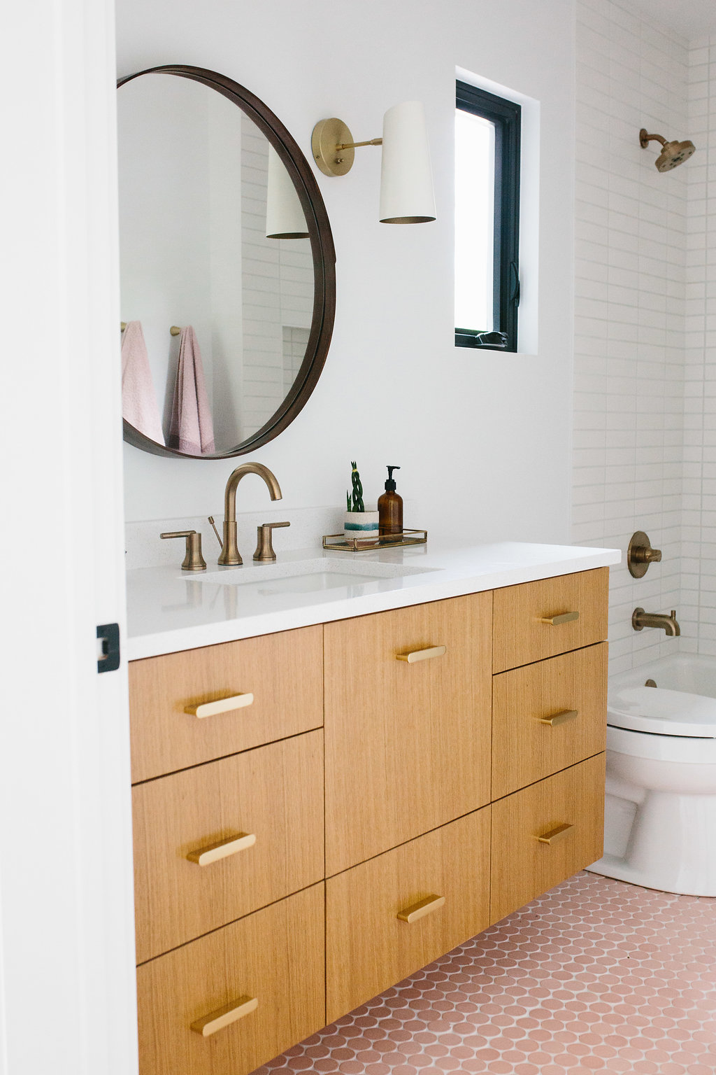 Our Austin Casa Parker And Evers Pink Bathroom Reveal The
